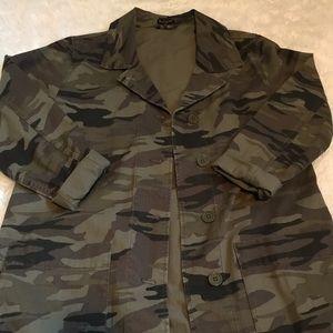EXPRESS Over sized camo Jacket